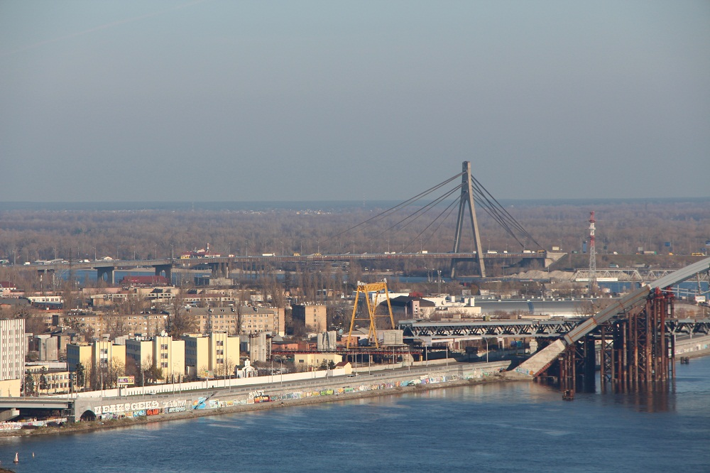 The Moscow bridge - Photo 1