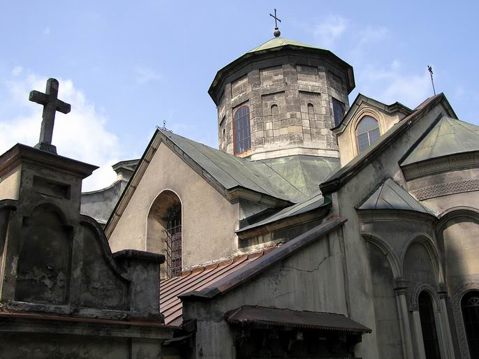Armenian cathedral - Photo 1