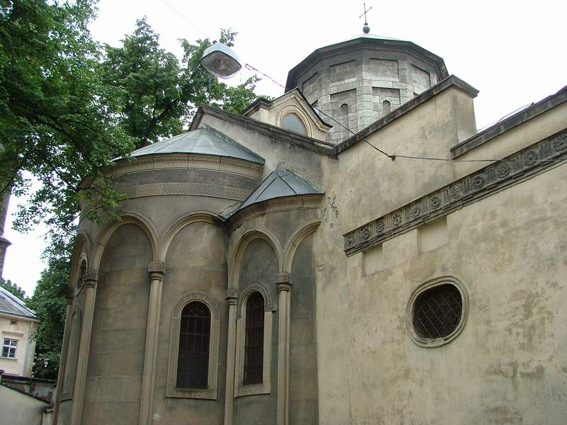Armenian cathedral - Photo 3